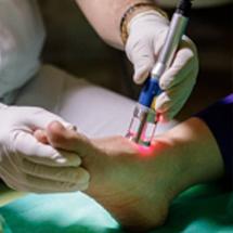 تکنولوژی نوین لیزرپرتوان در درمان زخم دیابتی